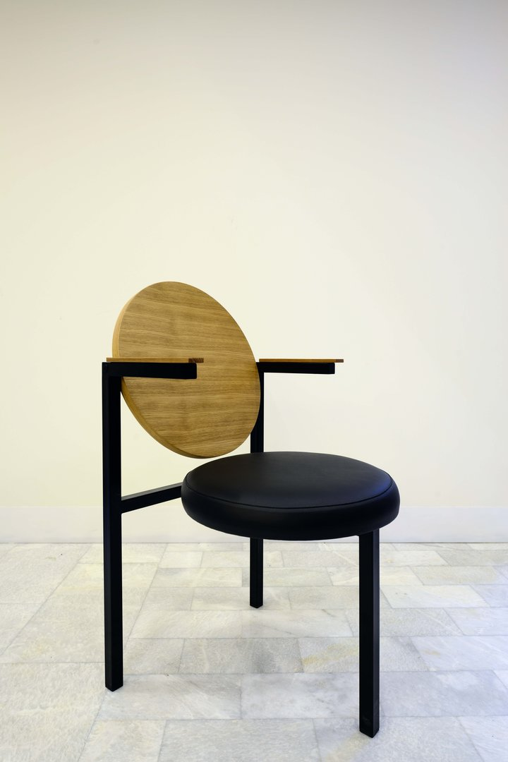 CIRCLES CHAIR  (2)